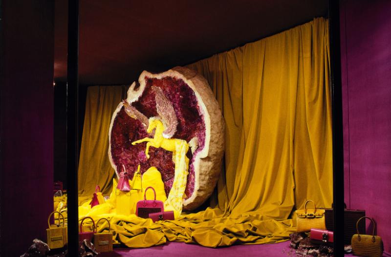 leila menchari display hermes