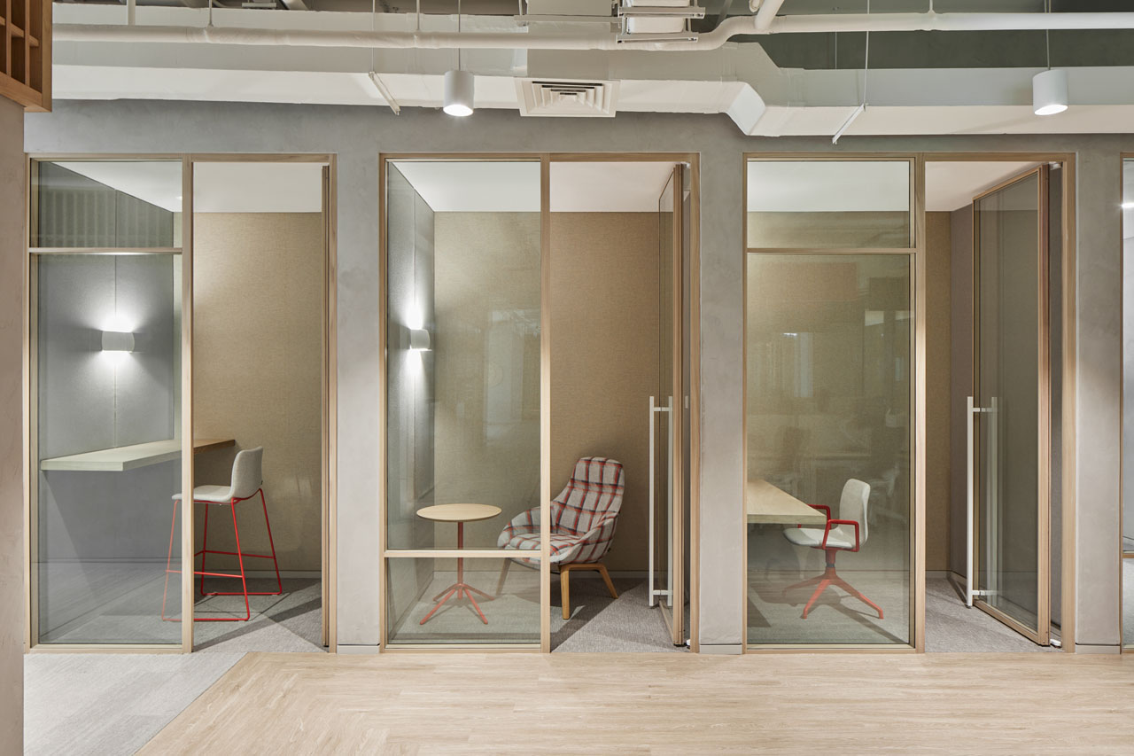 Spectacular Office By Roar Marries Japanese Design With Emirati Crafts